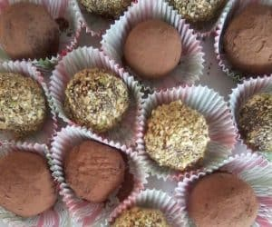 Chocolate Coco Truffles